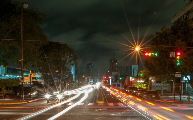 semafor premavka autonomne vozidlo